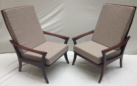 paire de fauteuils danois haut dossier galerie yvan. Black Bedroom Furniture Sets. Home Design Ideas