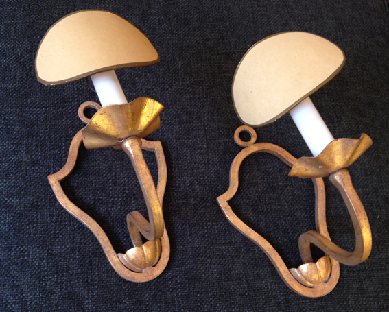paire appliques metal dore 1940