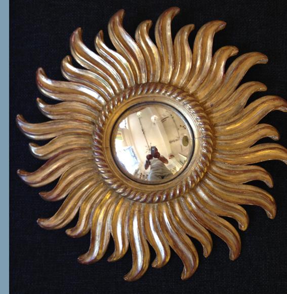 Miroir soleil en sorciere en bois dore 1a galerie yvan royer for Miroir sorciere