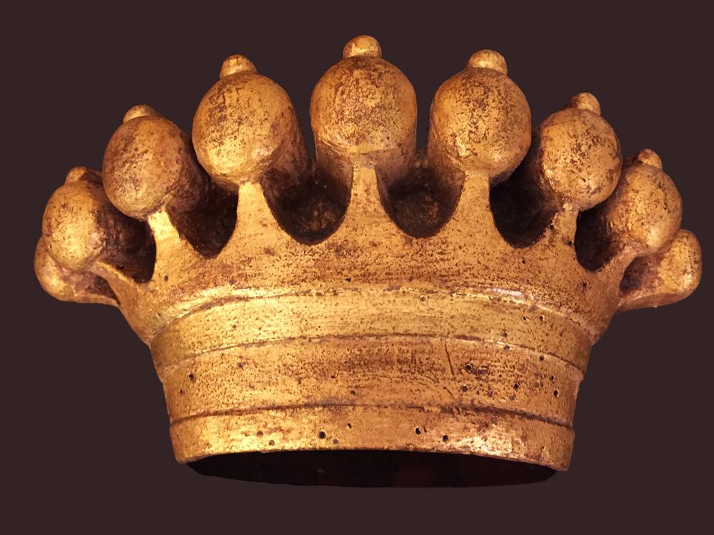 couronne comtale en bois