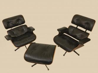 2-fauteuils-et-ottoman