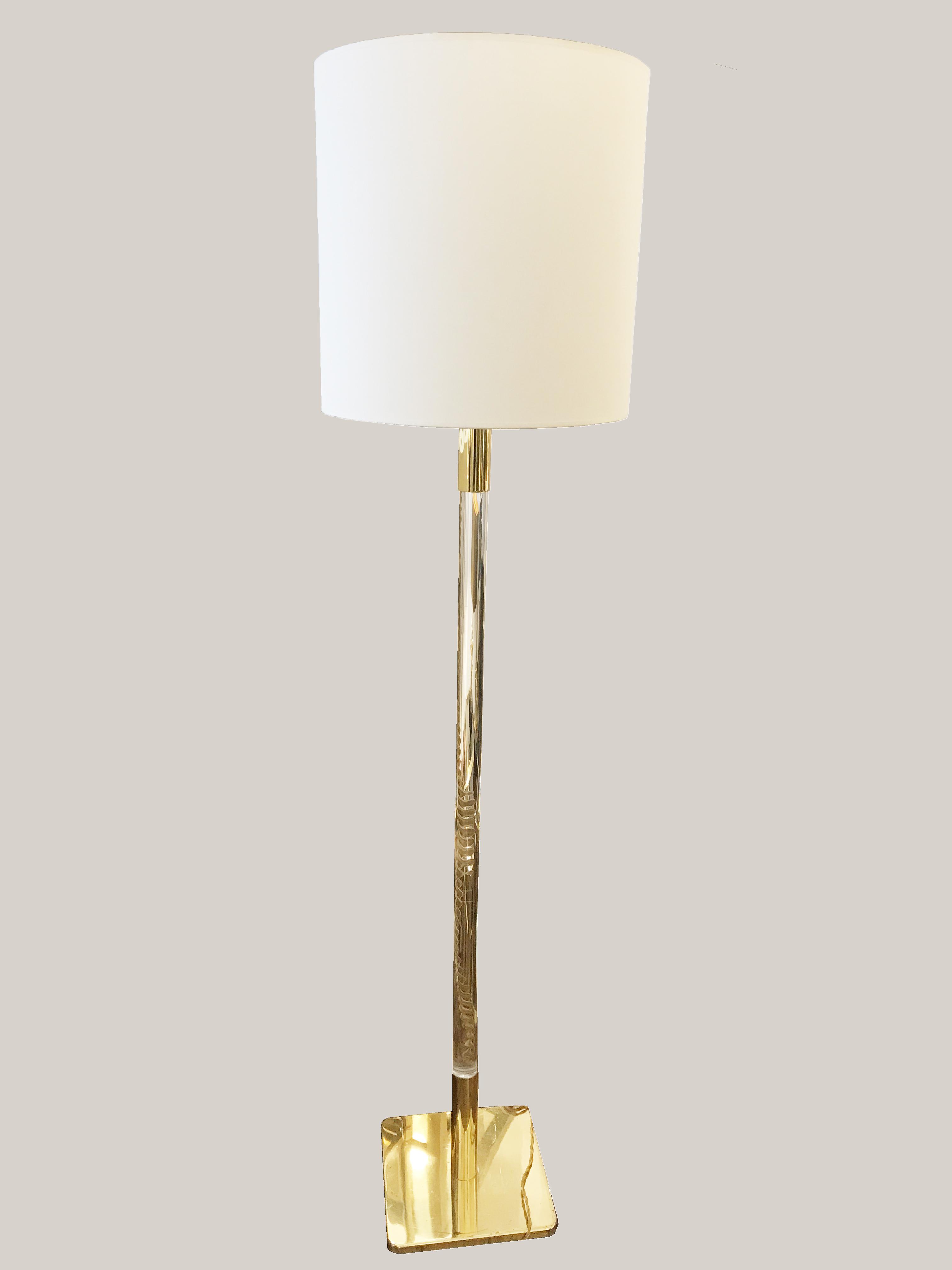 lampadaire plexi
