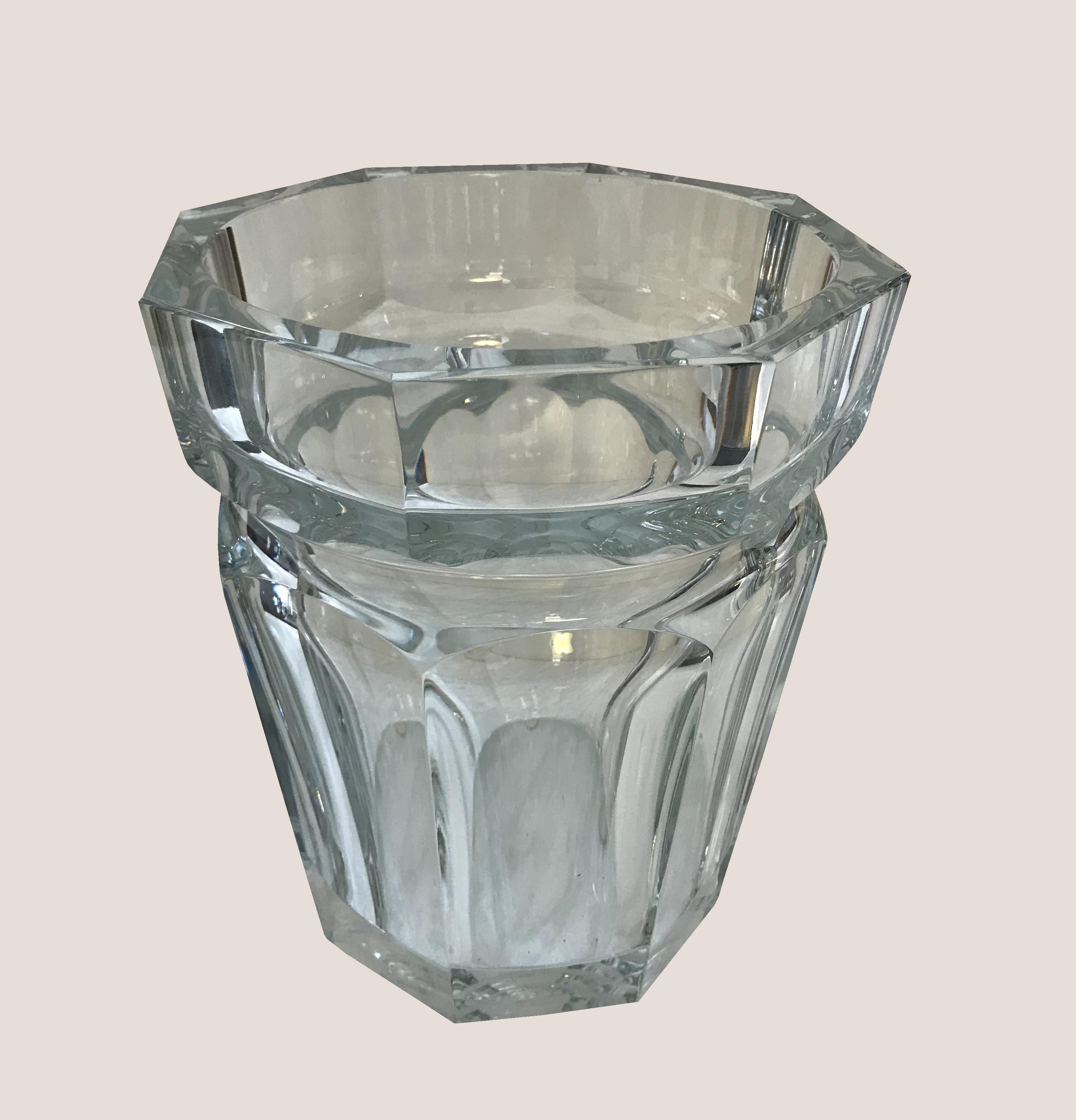 vase baccaral modele moulin rouge 2