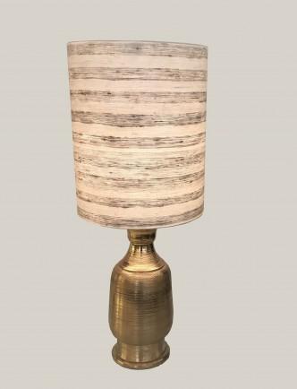 Grande lampe en laiton doré