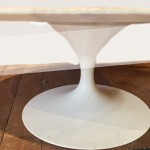 DETAIL TABLE BASSE OVALE KNOLL137