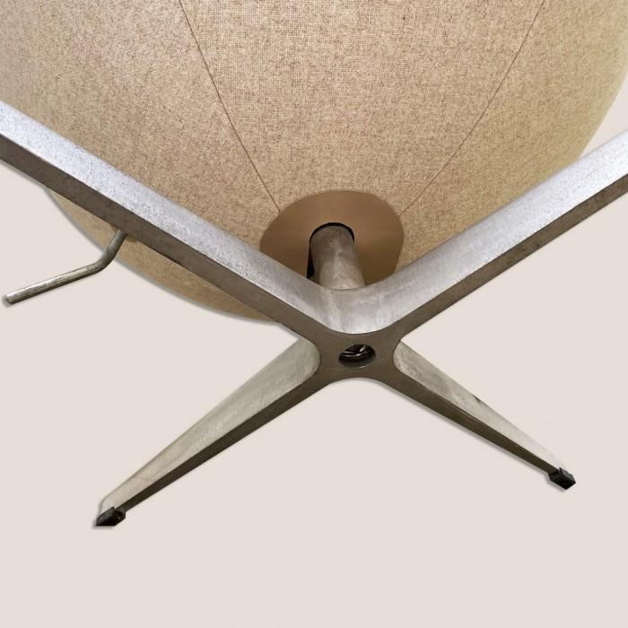 Egg chair 5