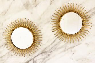 paire de miroirs soleil en metal 1960
