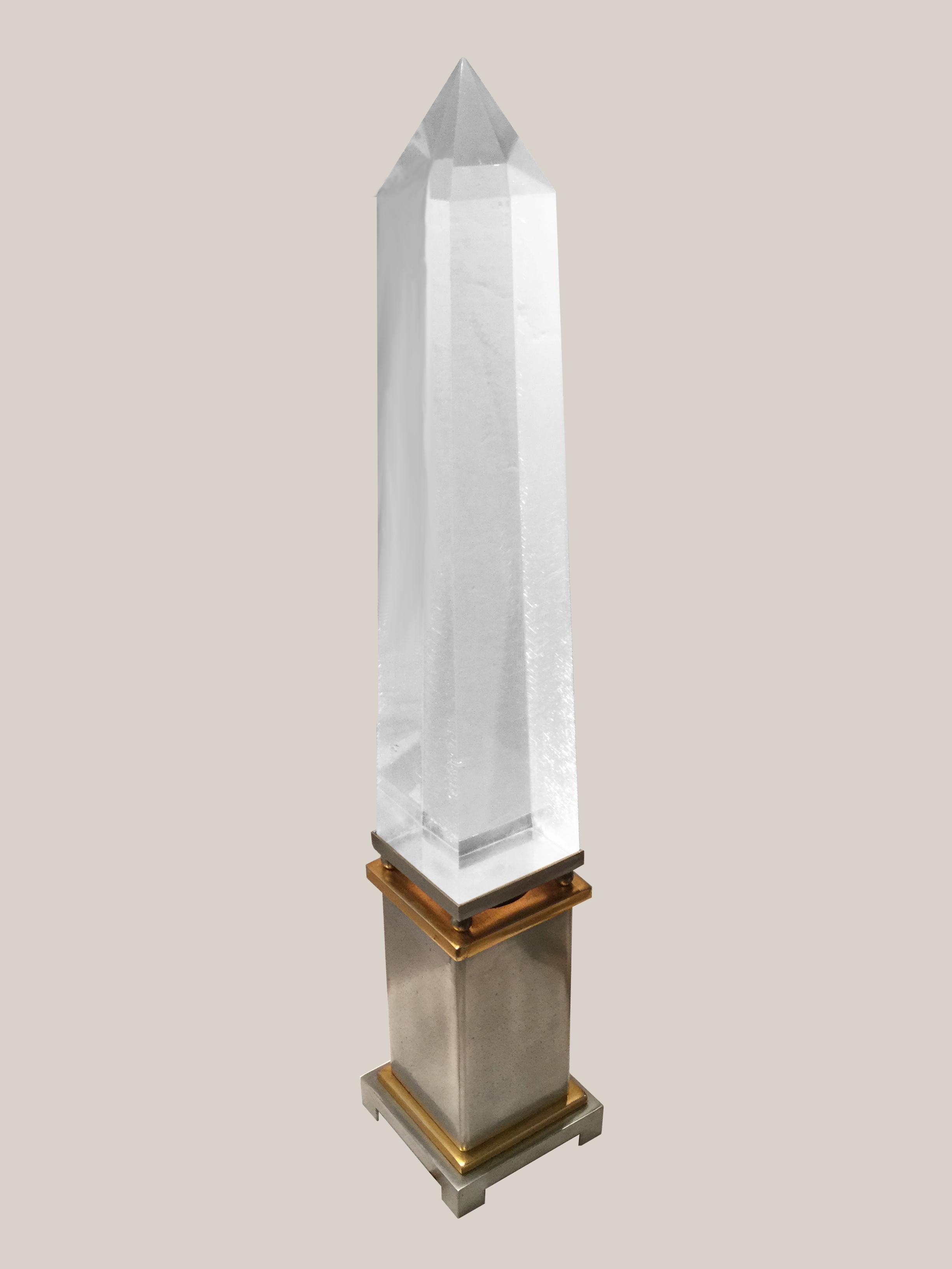 lampe obélisque