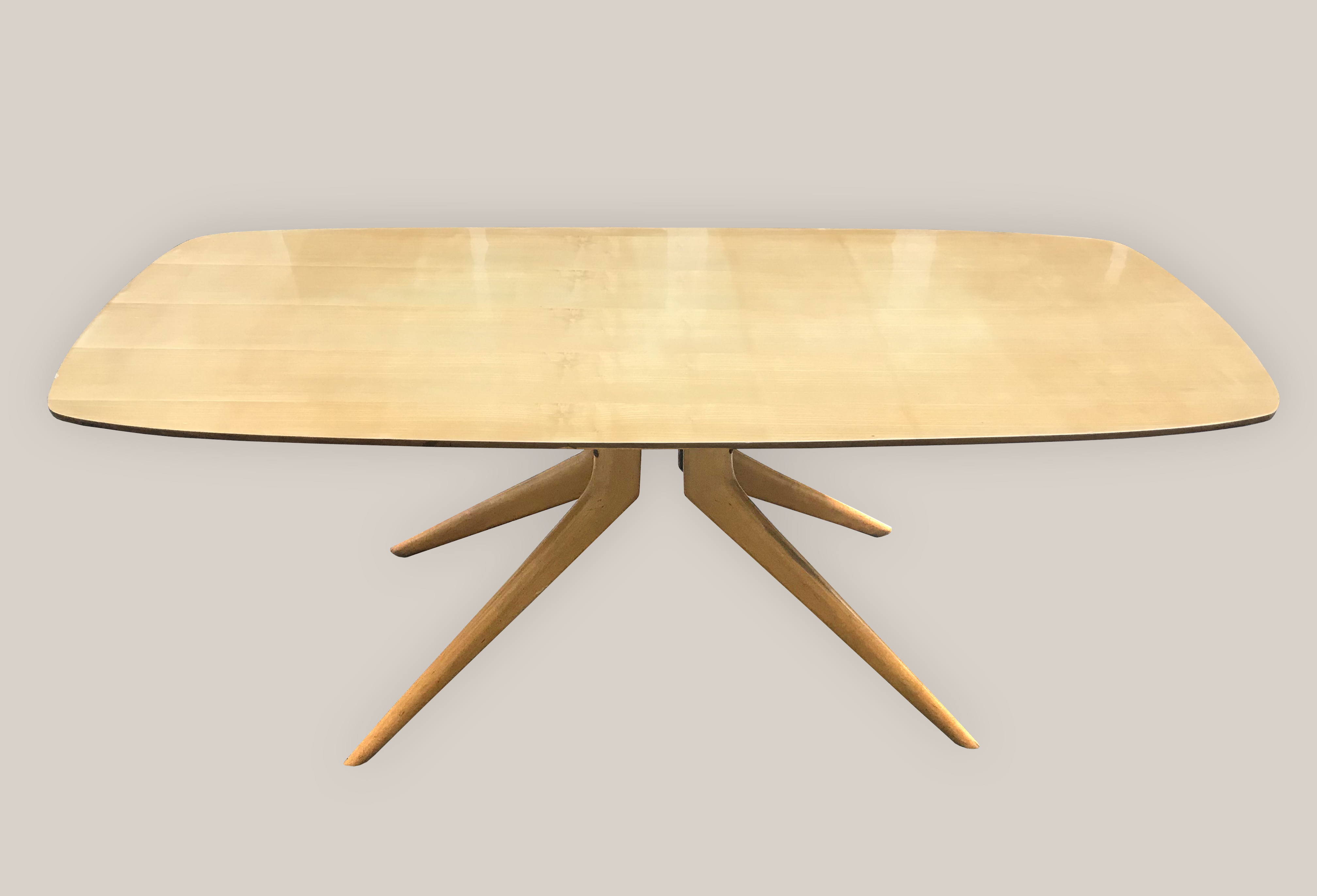 Table pied quadripode bois 1