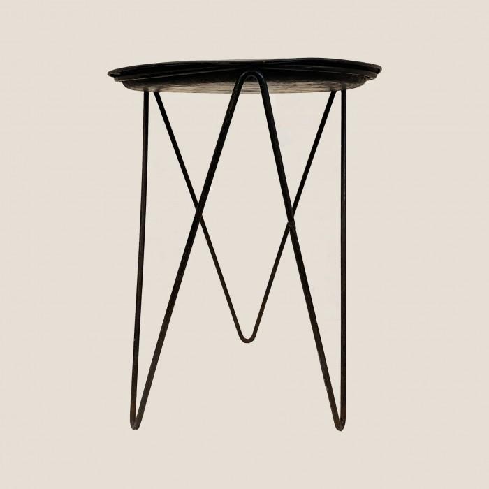 Petite table noire 1